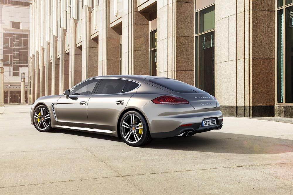 Power of E-Motion: Panamera S E-Hybrid