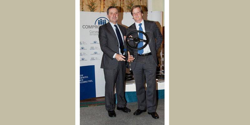 Hyunbisa recibe el Premio al Mejor Concesionario 2011