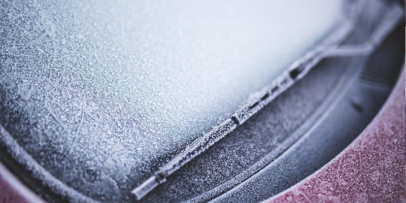 Luna de coche congelada