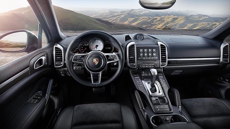Porsche Cayenne S Platinum interior salpicadero