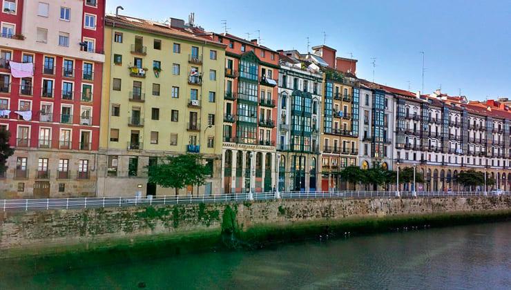 Ruta en moto por Bizkaia Bilbao