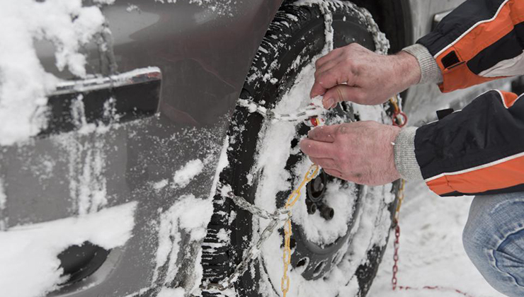 Cómo poner las cadenas de nieve en el coche