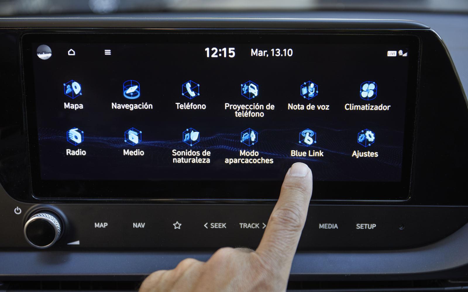 pantalla hyundai i20